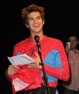 Andrew Garfield 'Unmasked' at Comic-Con 2011 - photo: Splash