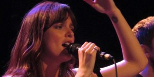 Leighton Meester sings live at the Troubadour in Hollywood - photo: Splash