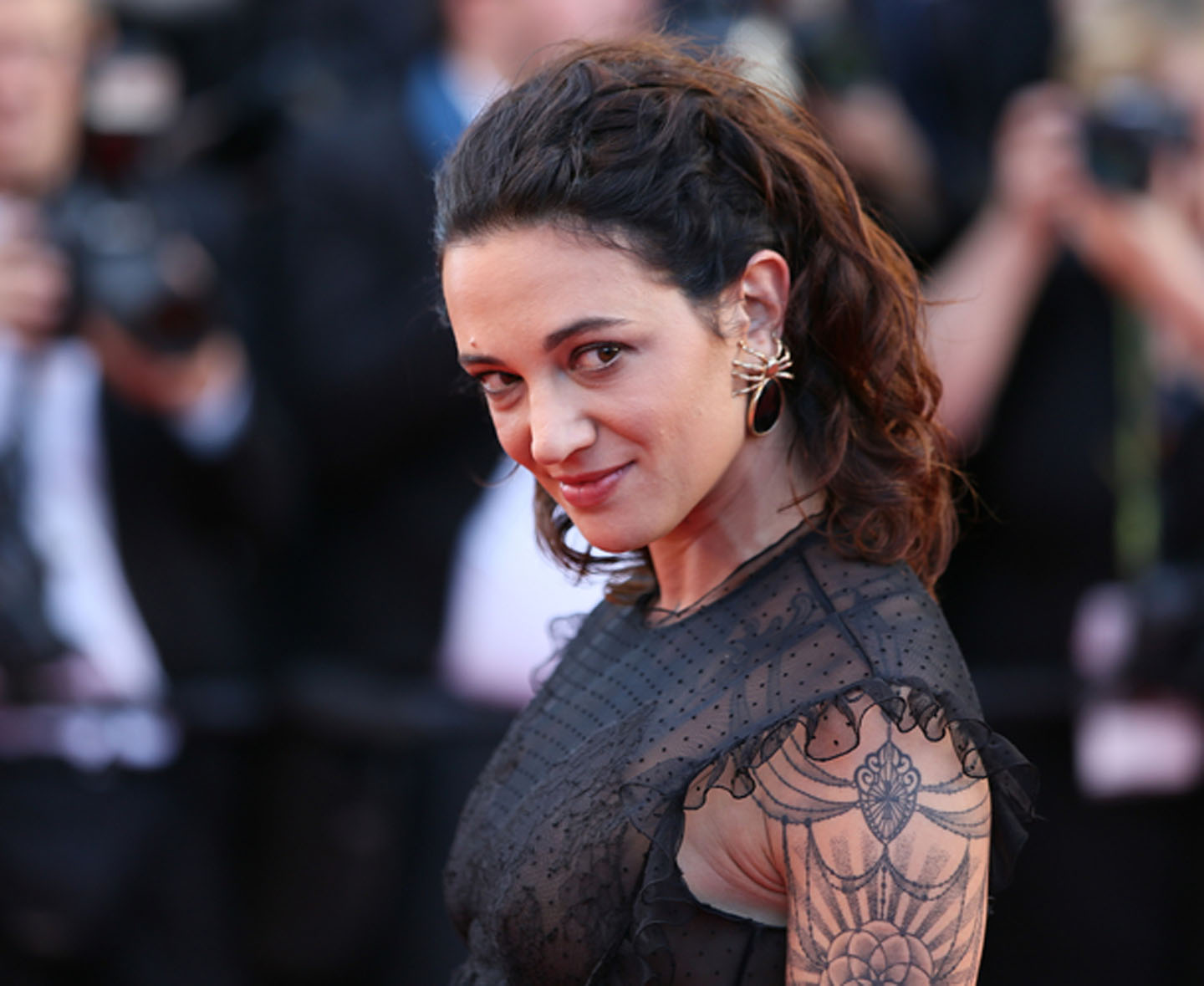 Asia Argento is in the center ofa sexual misconduct alligation by then minor, actor Jimmy Bennett.